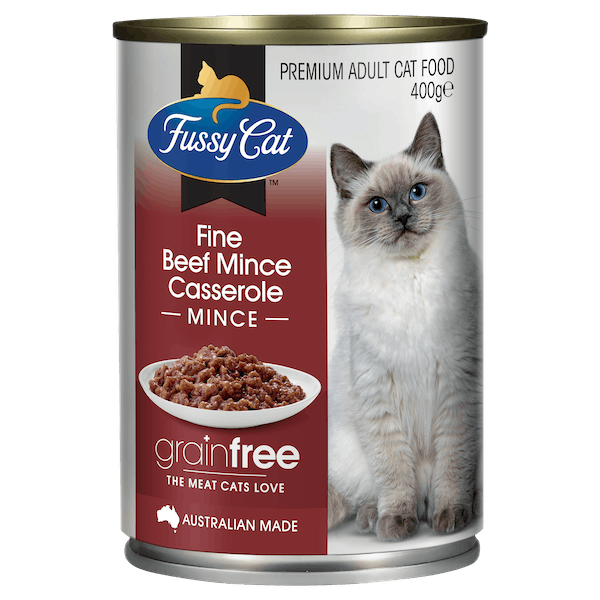 Fussy Cat | Beef Mince Casserole 400g | Wet Cat Food | Front of pack
