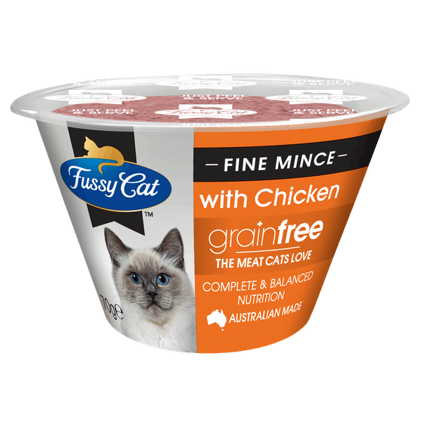 Fussy Cat | Fine Mince with Chicken 70g | Chilled cat food | Front of pack